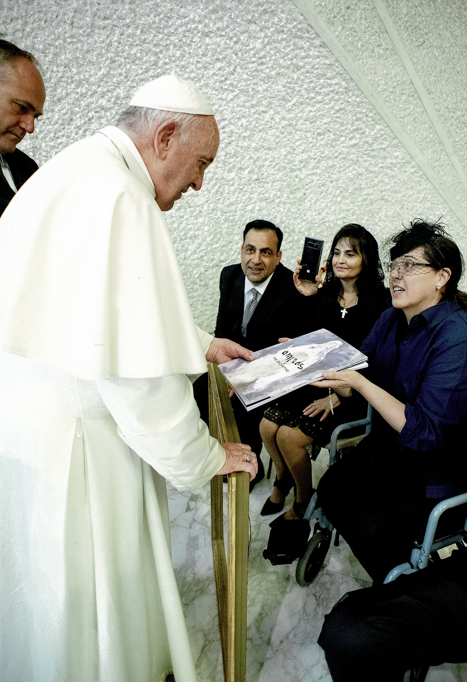 """Marlene Saile, Presenting """"Smiling Concerned Madonna"""" to His Holiness Pope Francis"""
